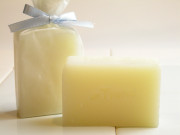 手作り洗顔石鹸アンティアンクイーンオブソープ「ベイビー」(無農薬有  機栽培ラベンダー微香)